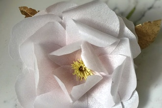Wafer Paper Flower with Caketress