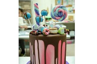 Monet Drip Cake - Cake Decorating Classes New York