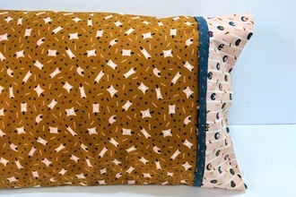 Beginner Sewing: Pillowcases