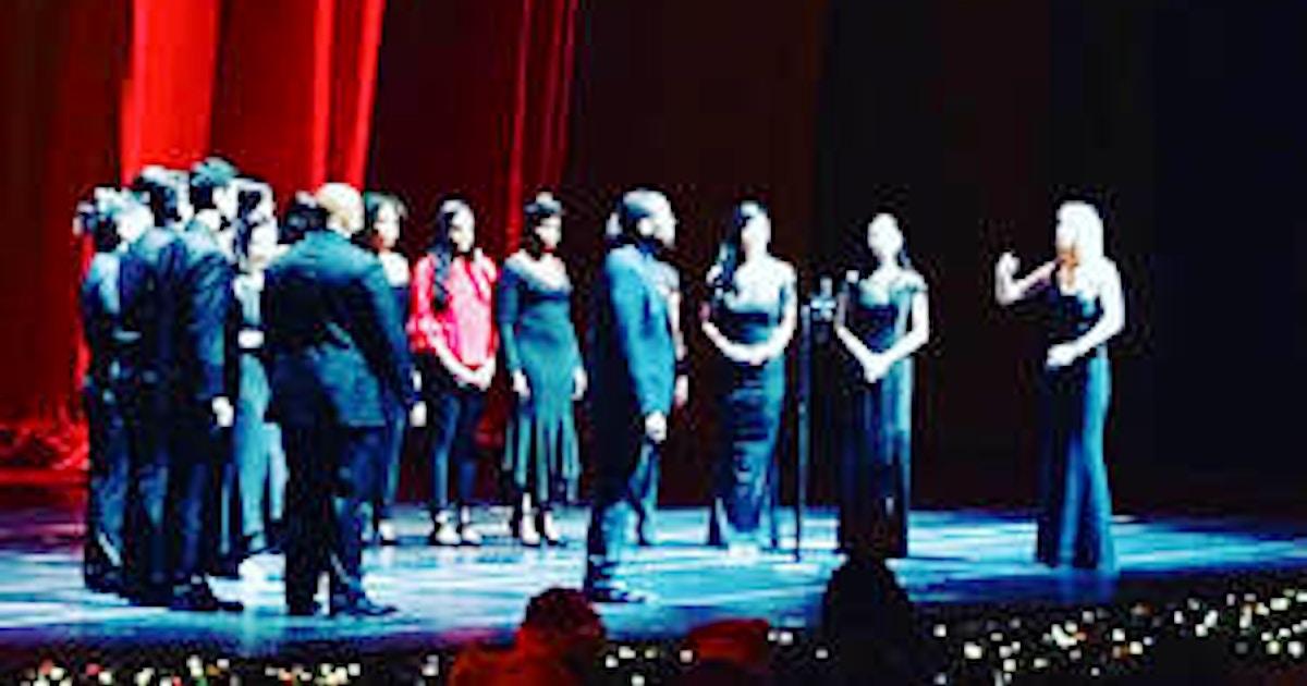 Pop Choir - Singing Classes New York | CourseHorse - Krowne Vocal School NYC