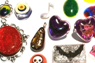 Intro to Resin Jewelry Casting - Casting Classes Los Angeles