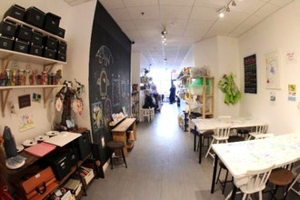 Private Picassos Art Studio & Shop