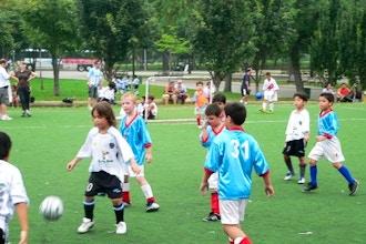 Soccer in Sunnyside Gardens Park (Ages 3-5)