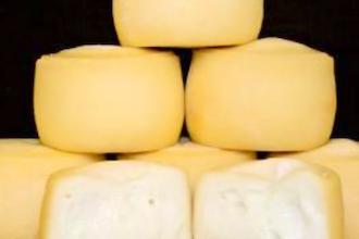 Winter Whites: White Wine and Cheese