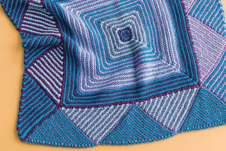 Knit Or Crochet A Giant Yarn Rug Or Throw Crochet Classes New