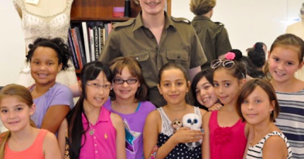 Children S Summer Fashion Design Camp Kids Art Camp Classes New York Coursehorse The Fashion Class