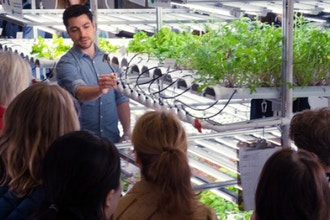Hydroponic Farm Tour and Tasting w/ Prosecco & Gift
