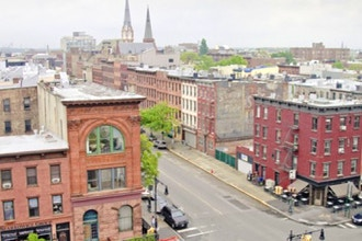 Glittering Realms: A Walking Tour of Greenpoint