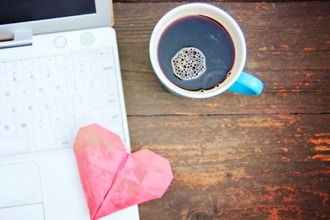 How to Master Online Dating: Tips & Tricks