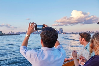 Sunset Cruise on Yacht Manhattan(2-3 Adults)