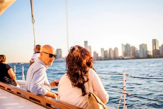 City Lights Cruise on Yacht Manhattan(2-3 Adults)