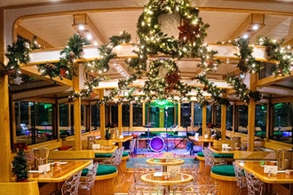 New York City Lights Holiday Cocoa Cruise (4-9 Adults)