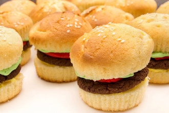 Hamburger Cupcakes (Ages 6-8 w/ Caregiver)