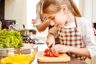 Let's Make Dinner (Online / Ages 6-15)
