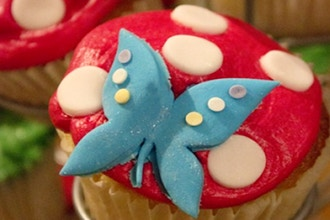 Butterfly Cupcakes (Ages 2-5 w/ Caregiver)
