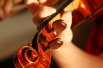 Violin Initiation Class for Preschoolers