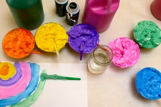Foam Painting - Kids Painting Classes Los Angeles | CourseHorse
