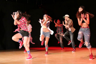 Tweens and Teens Hip Hop (Ages 11 - 16)