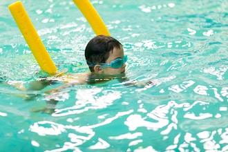 Intro Water Skills for Kids w/ Special Need (Age 6-9)