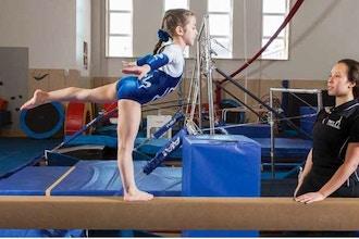 Girls' Gymnastics Level II (Advanced) (Ages 5-7)