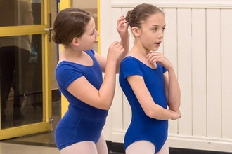 Beginner Ballet Bun Workshop (Ages 6-11)