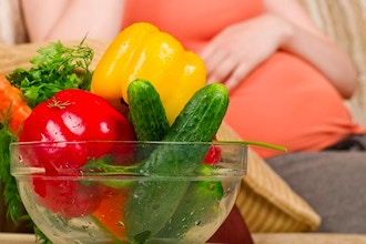 Food + Nutrition for Expectant Mom's