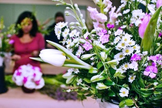 Simple and Affordable Floral Arranging